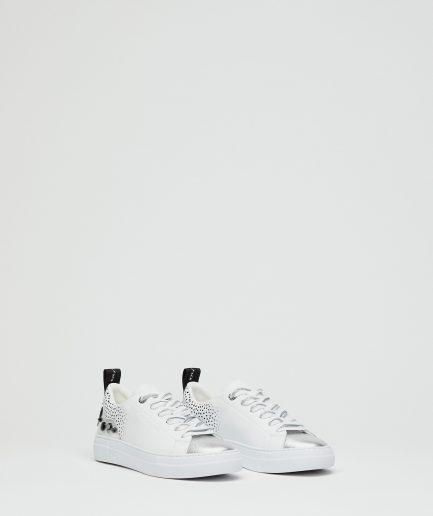 Manila Grace Sneaker Capsole a suola Extralight con pois e borchie